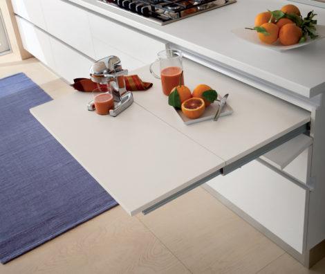 stół wysuwany z szuflady